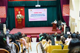 Tư vấn giáo dục sức khỏe sinh sản cho nữ HSSV nhà trường