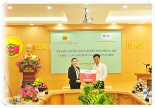 Lễ ký kết bàn giao các sản phẩm phần mềm trao tặng giữa Trường Cao đẳng Kinh tế Công nghiệp Hà Nội và Công ty cổ phần MISA